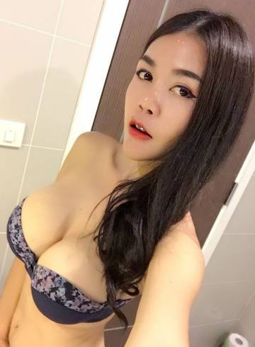 Bangkok Escort Naoki Adult Entertainer in Thailand, Female Adult Service Provider, Thai Escort and Companion.