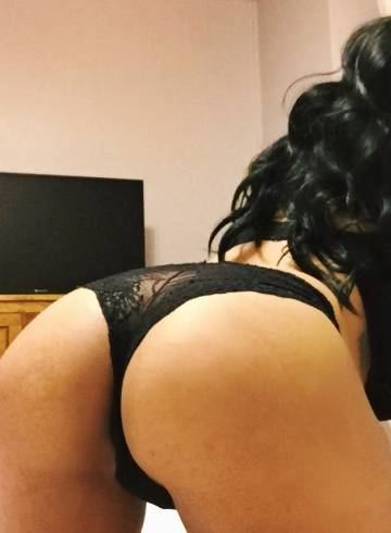 Ottawa Escort nia17 Adult Entertainer in Canada, Female Adult Service Provider, Canadian Escort and Companion.