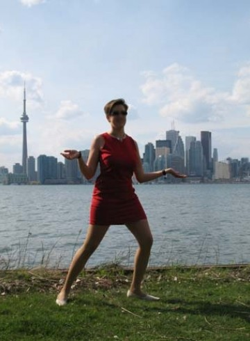Toronto Escort Toronto-Courtesan Adult Entertainer in Canada, Female Adult Service Provider, Canadian Escort and Companion.